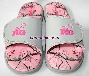 ee581b4469a81 Realtree Girl Ms Zack Pink Camouflage Ladies Slides Camo Sandals | eBay