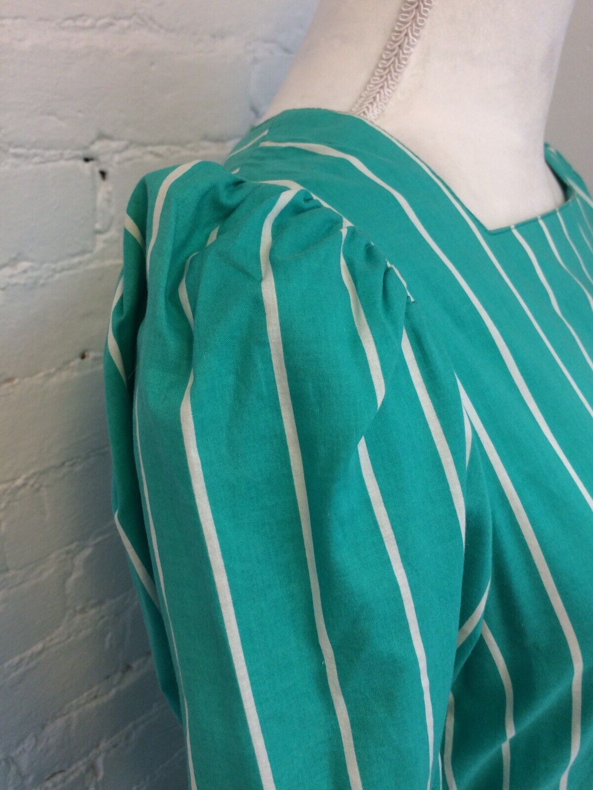 Laura Ashley Vintage 90s Midi Dress Pleated Green… - image 3