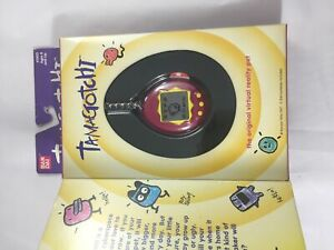 Used-Bandai-Original-TamaGotchi-Red-and-Yellow-1996-1997-English