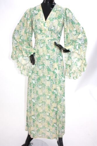 Vintage 1970s angel sleeve novelty print maxi dres