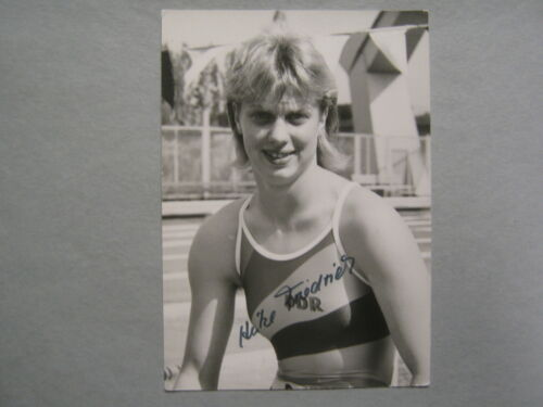 HEIKE FRIEDRICH Won 2 Olympic Gold Medals/Swimming Signed 4 X 5 B & W Photo