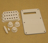 Genuine Fender Stratocaster Strat Parchment Accessory Kit 0991395000 Musical Instruments