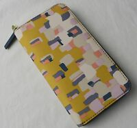 Fossil Key Yellow Print Nylon Per Zip Clutch Wallet