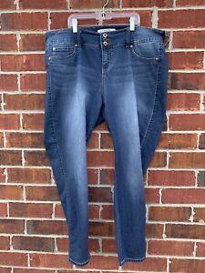 Torrid-Jeans-18S-Womens-Blue-Denim-Jegging-Stretch-Medium-Wash-Cropped-Pants
