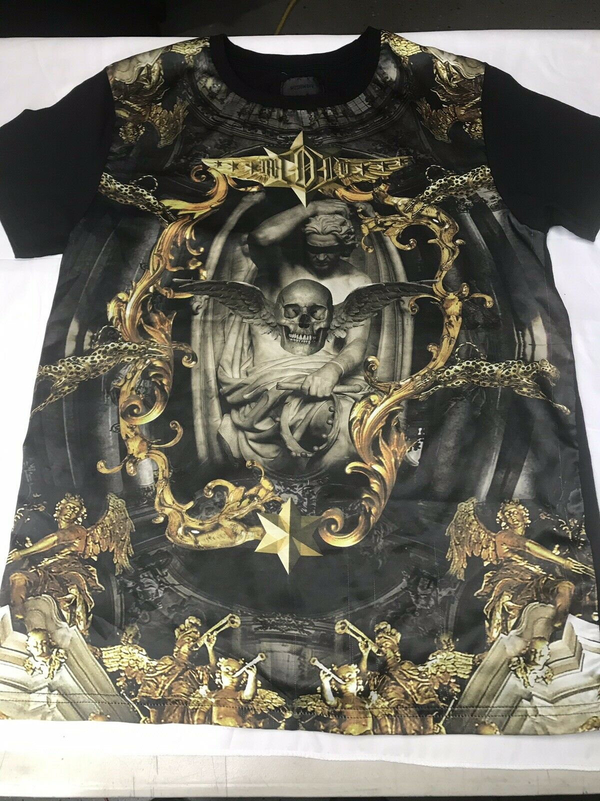 cfd1f9c5 Musium Div High End Japanese Street Wear Greek King, Angels And  Leopards-Medium