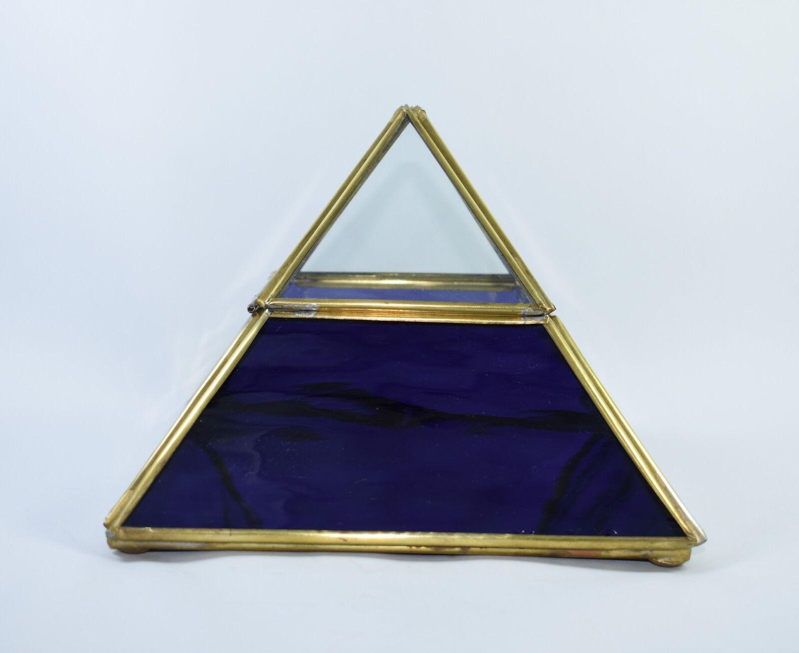 Handcrafted Purple Pyramid Curio Cabinet Collectible Collectible Collectible Glass Display Case 622806