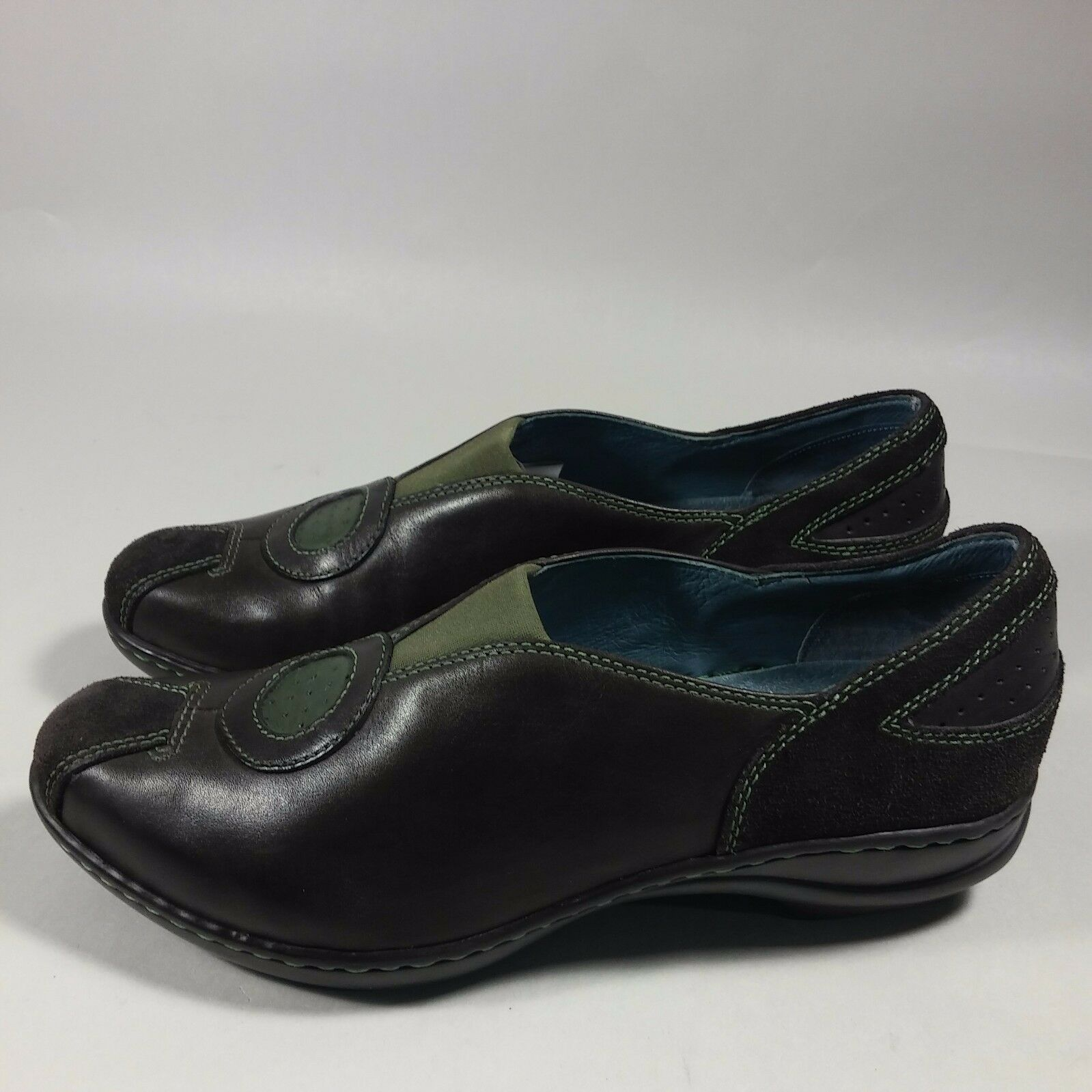 Women's Indigo by Clarks Slip-on Low Heels shoes Loafers Brown Olive Leather-6 M