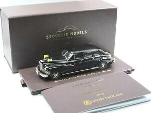 Brooklin-fuer-Musei-Vaticani-1947-Packard-Super-Clipper-Limousine-Vatikan-1-43