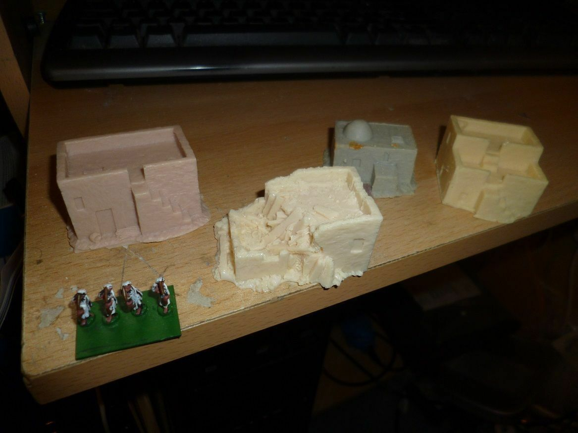 10mm 15mm Village sets, Medieval, Middle East, Dark age Mayhem Miniatures