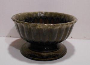Green Drip Hull USA Pottery Planter/Vase B19 Mid Century Modern
