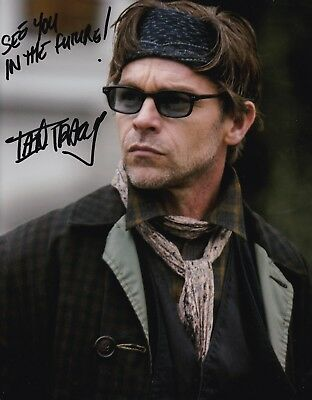 Television Autographs-original To Help Digest Greasy Food Ian Tracey Continuum Signed 8x10 Autograph Photo W/ Coa
