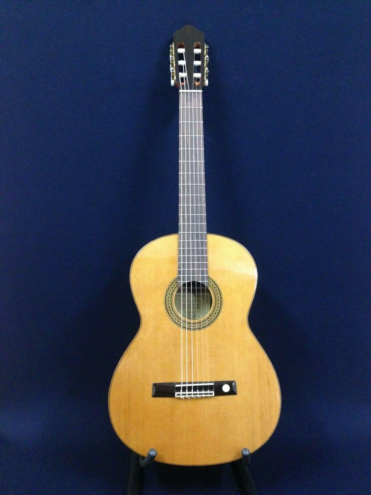 Miguel Almeria 20-CR Solid Cedar Top,Nylon String Classical Guitar+Free Gig Bag