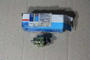 Original Peugeot Interrupteur Marche Arrière Feux / Éclairage 204 304 504 Etc