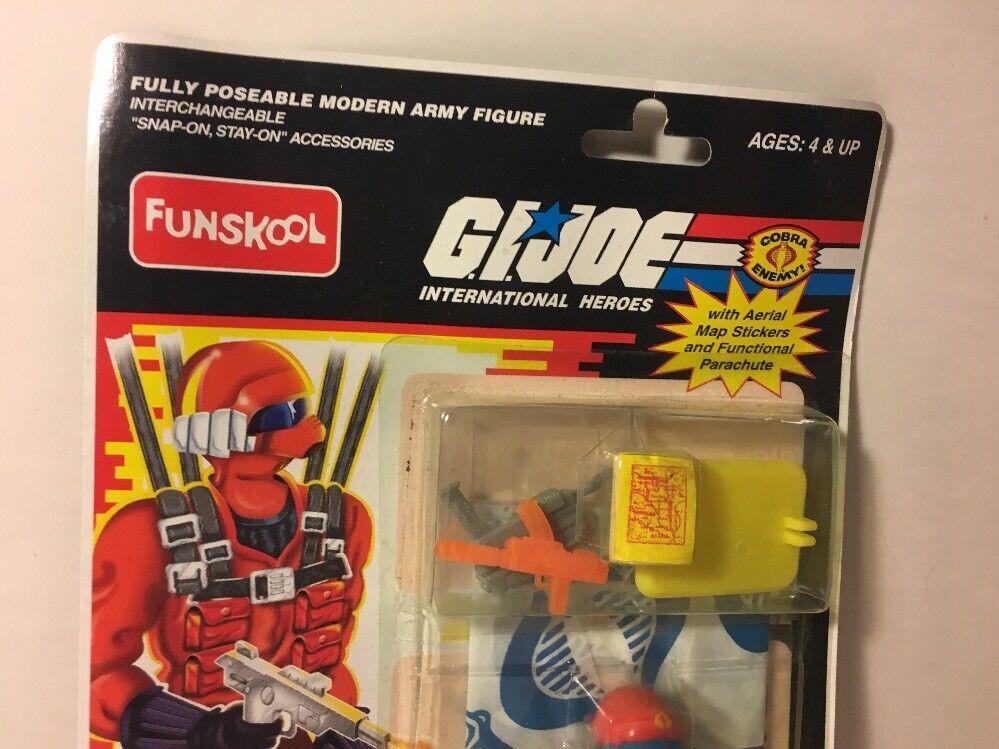 GI Joe Rare Funskool Funskool Funskool Cobra Rattler Pilot Wild Weasel w  Parachute figure carded 9603c4
