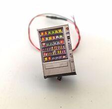 SNACK VENDING MACHINE WITH LED OO GAUGE 1:76 SCALE MODEL RAILWAYS AX025-OO