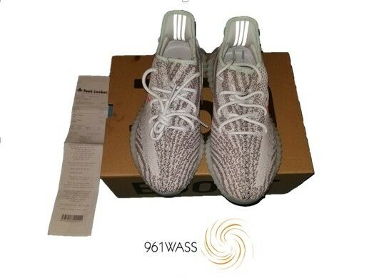 YEEZY BOOT 350 V2 blueE TINT SIZE 9 100% AUTHENTIC WITH RECEIPT