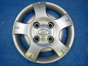 Image Is Loading 1999 99 HYUNDAI ACCENT 13 034 HUBCAP 5296022590