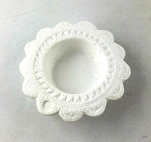 Teelichthalter mit Strickoptik weiß versch Formen Kleines Strick Muster Design