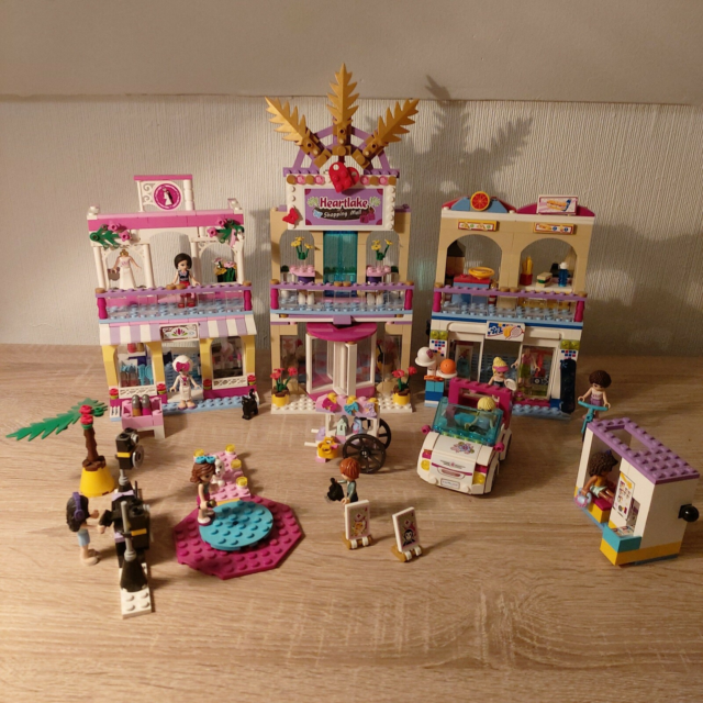 Lego Friends, 41058, HEARTLAKE BUTIKSCENTER. 1 palme…