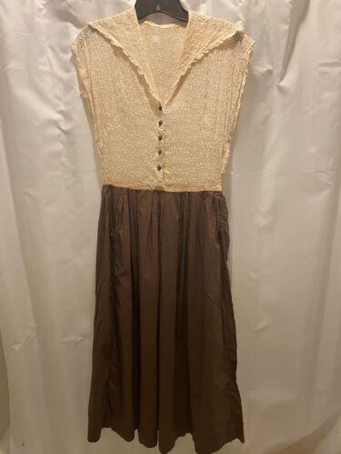 true vintage 1930s/40s ladies dress w/lace top pin