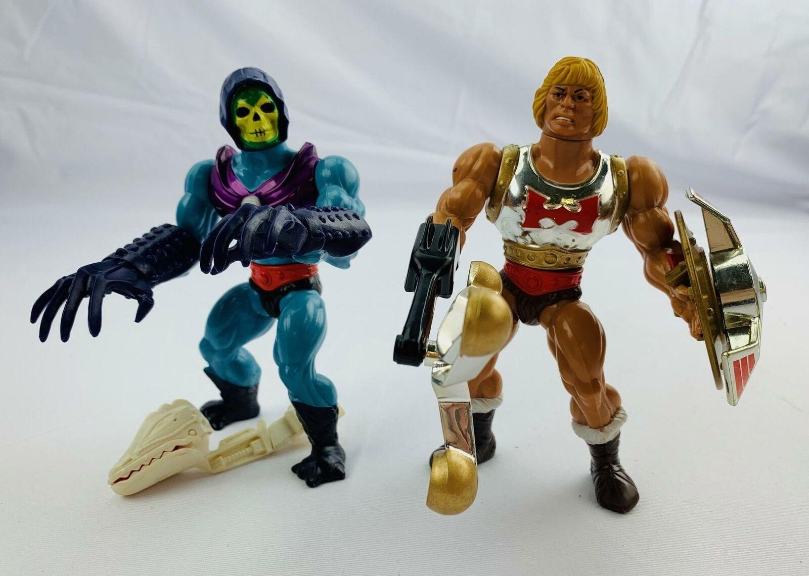 Masters of the Universe (MOTU) Skeletor Terror Claws & He-Man Fliegening Fists - Set