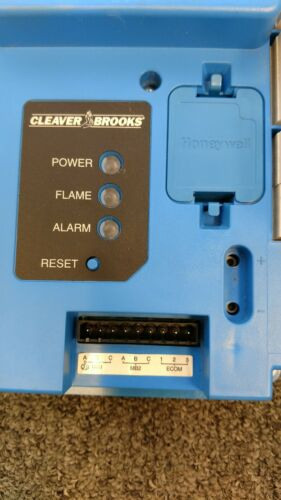 Cleaver Brooks Honeywell Falcon Controller 833-3578 for Burner