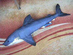 Das Bild Wird Geladen Kissen Weisse Hai 120cm Von Gaby Fisch Geschenkidee