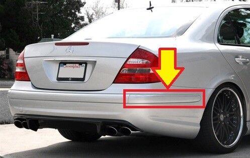 Nuevo Genuino Mercedes MB E W211 E55 AMG parachoques trasero moldear Recortar Derecho O//S
