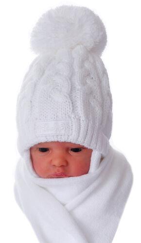 Mütze und Schal SET 38-43 Baby Erstlingsmütze Mützchen Schal Bommel Haube Weiß