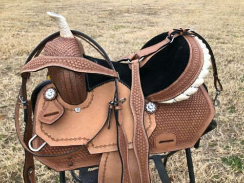 """Details about  /Western Horse Barrel Saddle 10/""""12/""""13/"""" Silver Laced Rawhide Cantle"""