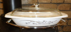 Lovely Vintage Golden Honeysuckle Casserole Hot Dish with Warming Stand! Rare