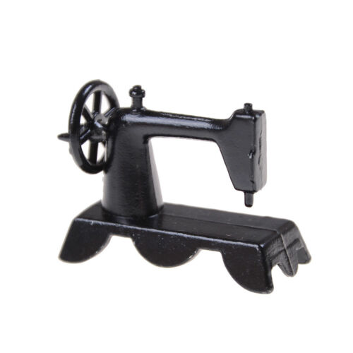 Miniature Sewing Machine With Cloth for 1//12 Scale Dollhouse Decoration Best WQZ