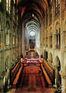 Paris-France-Postcard-The-Interior-of-Notre-Dame-Cathedral-26V