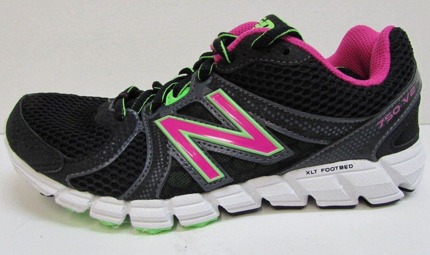 New Balance Size 6  Running Sneakers New Womens  shoes