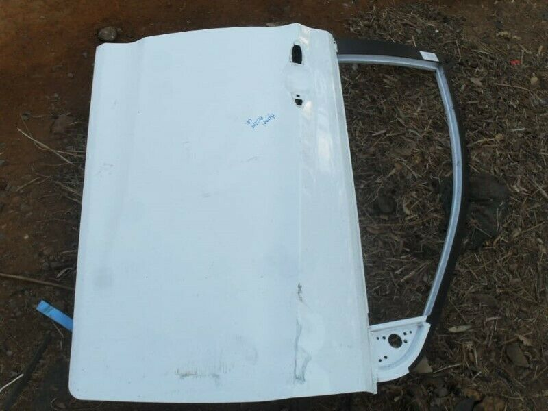 2015 Hyundai Accent Right Front Door Shell