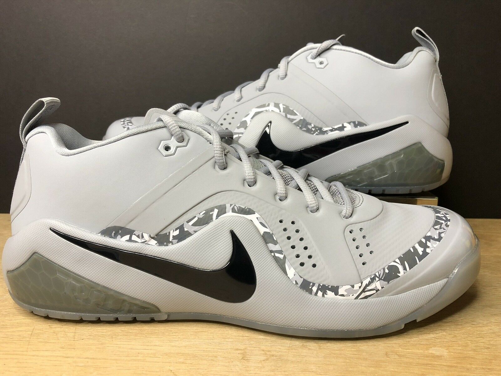 Nike Force Zoom Trout 4 Turf Wolf Grey 917838-002 Size 10