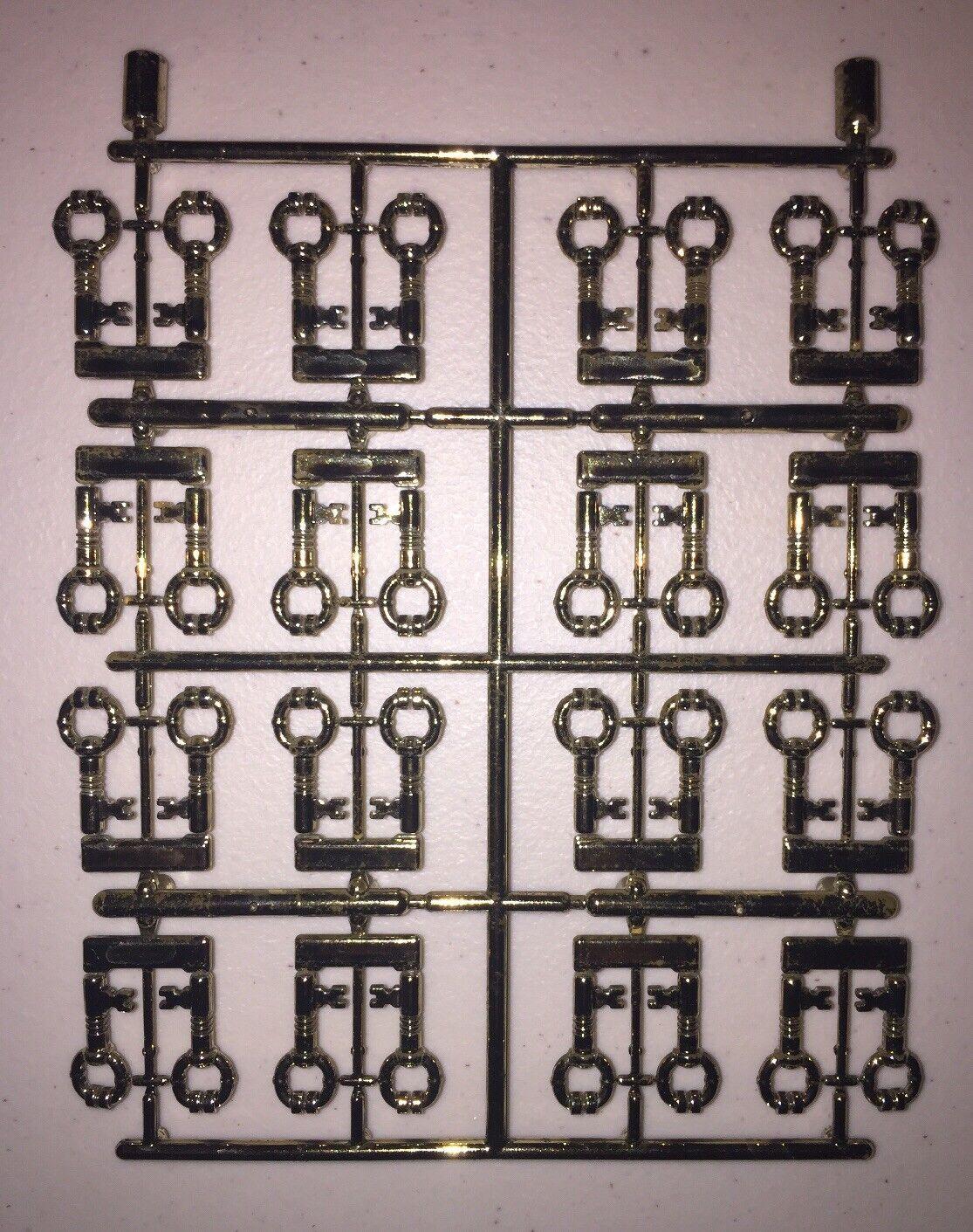 Authentic LEGO Predotype Sprue Chrome Antique Antique Antique Brass Keys (HTF   RARE) (32 Keys) aee374