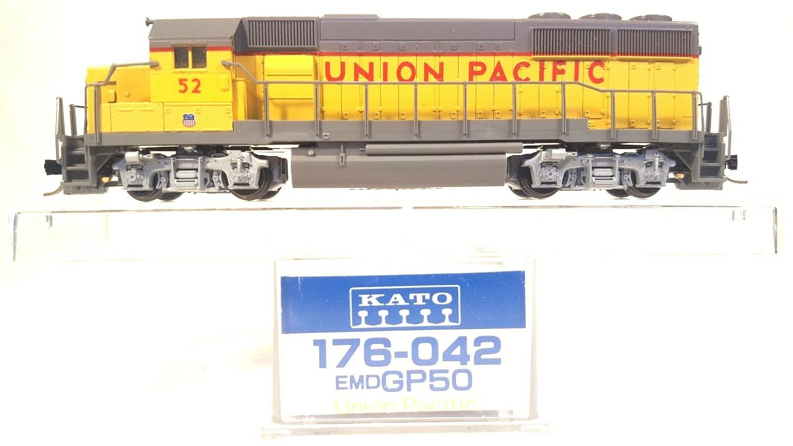 N Kato 176-042 EMD GP50 Union Pacific Locomotive  52  Tested