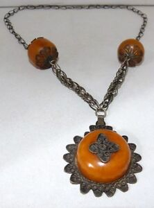 collier ambre africain