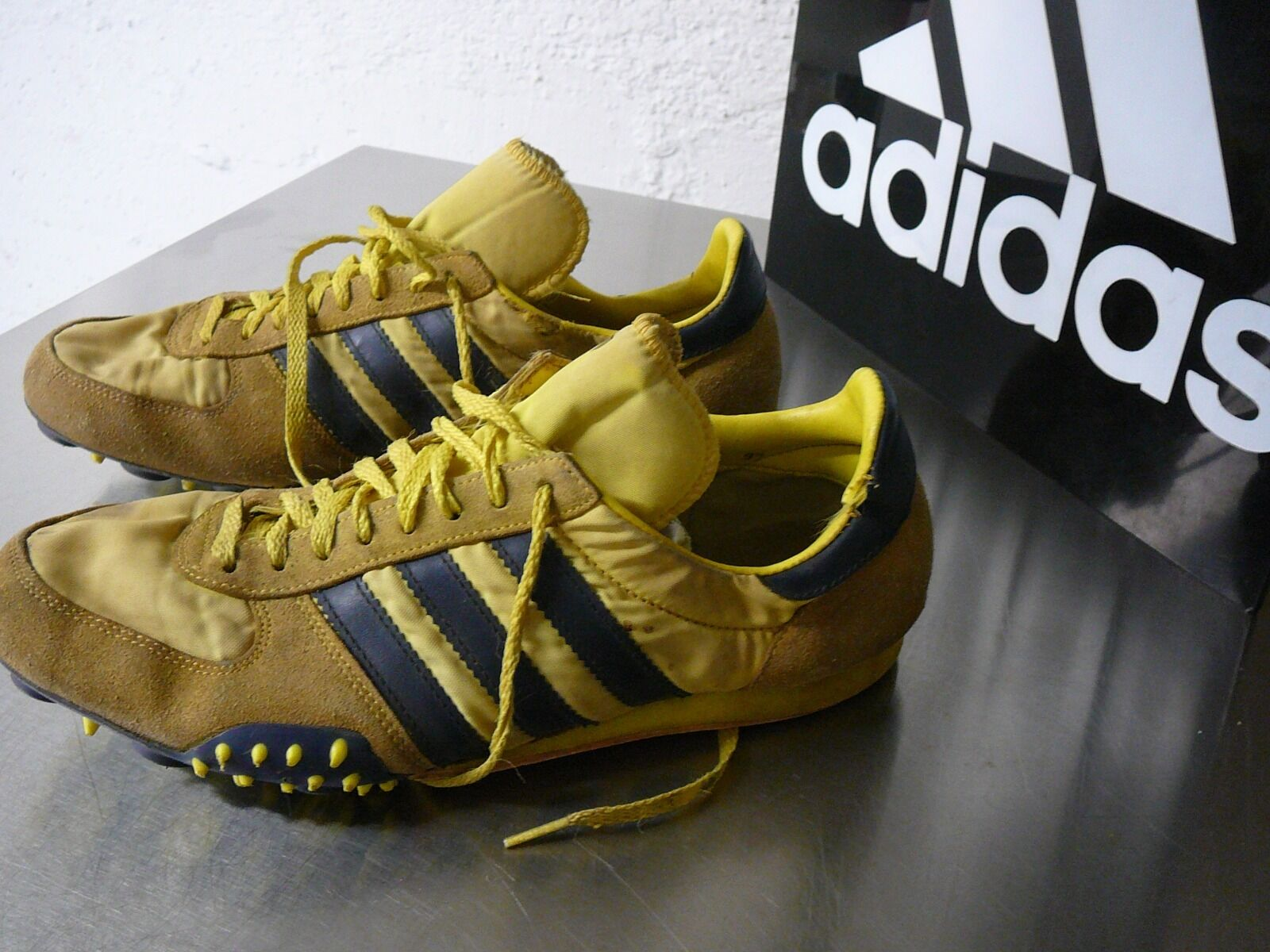 Adidas vintage    ADISTAR COMPETITION Spikes UK 9.5 80  iger  | Ich kann es nicht ablegen  | Luxus  d120ca
