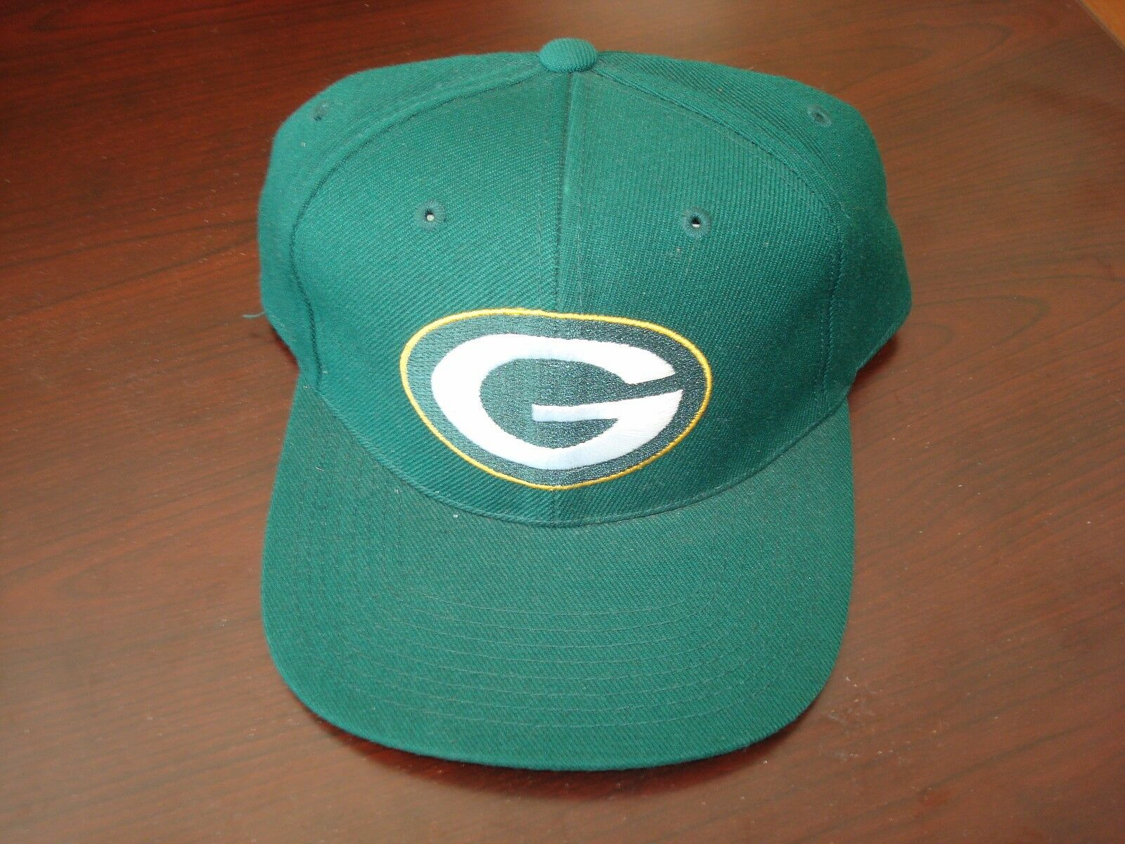 GREEN BAY PACKERS SPORTS SPECIALTIES VINTAGE SZ DEADSTOCK HAT CAP FITTED SZ VINTAGE 7 1/4 cca825