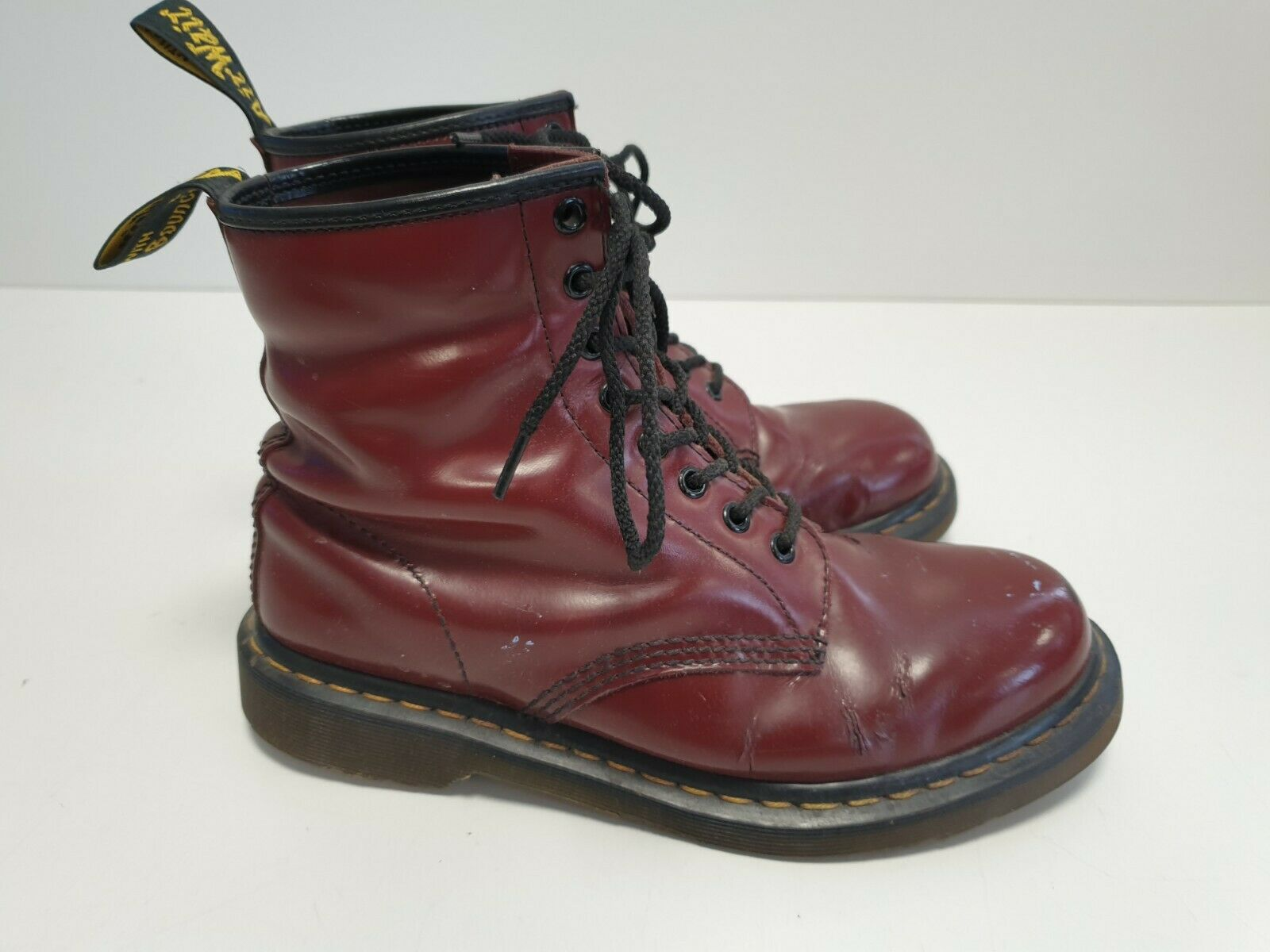 MENS Dr MARTENS SHINY RED LEATHER ROUND TOE COMBAT ANKLE BOOTS UK 7 EU 41