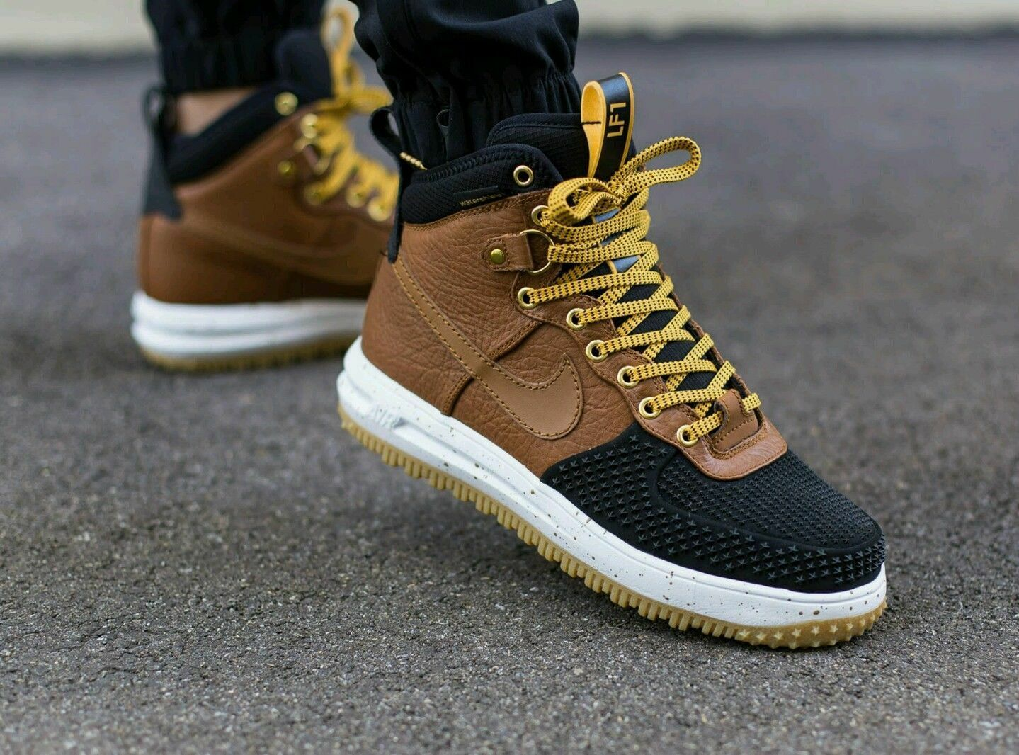 ed7cba6de4ad6e 80%OFF Nike Lunar Air Force One 1 Sneakerboot Duckboot 805899-004 ...