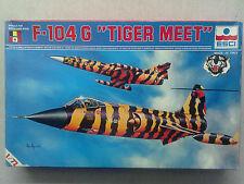 """Esci 9013 F-104G """"Tigermeet"""" 1:72 Neu & eingetütet, mit Lagerungsspuren"""