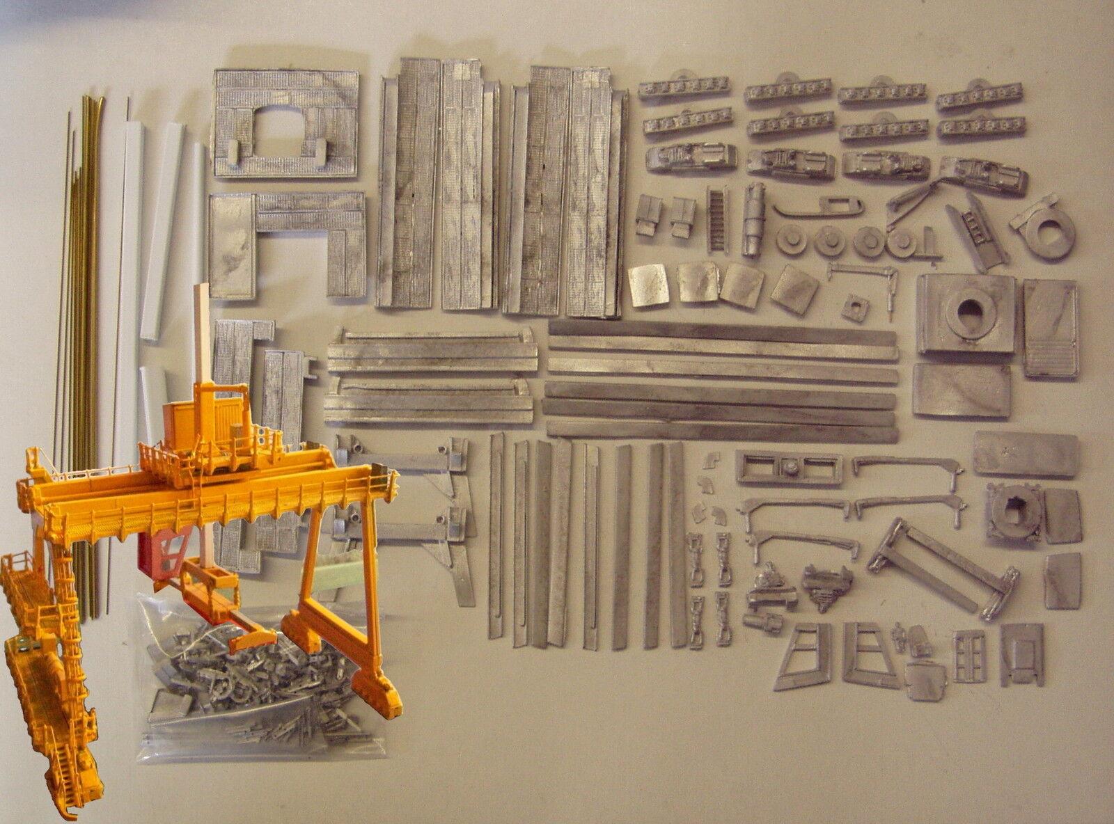 P&D Marsh N Gauge N Scale M10 Rail Mounted Gantry crane kit requires painting
