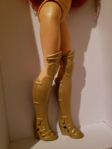 "12/"" FEMALE ACTION FIGURE /& DOLL GOLD KNEE HIGH BOOTS FITS BIG FEET DOLLS"