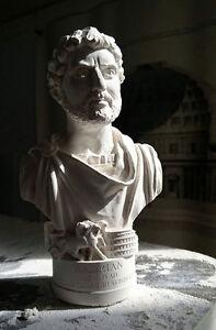 BUSTO-DI-IMPERATORE-ROMANO-Hadrian-13-5cm-fatto-a-mano-GESSO-ARTE-DECORATIVA