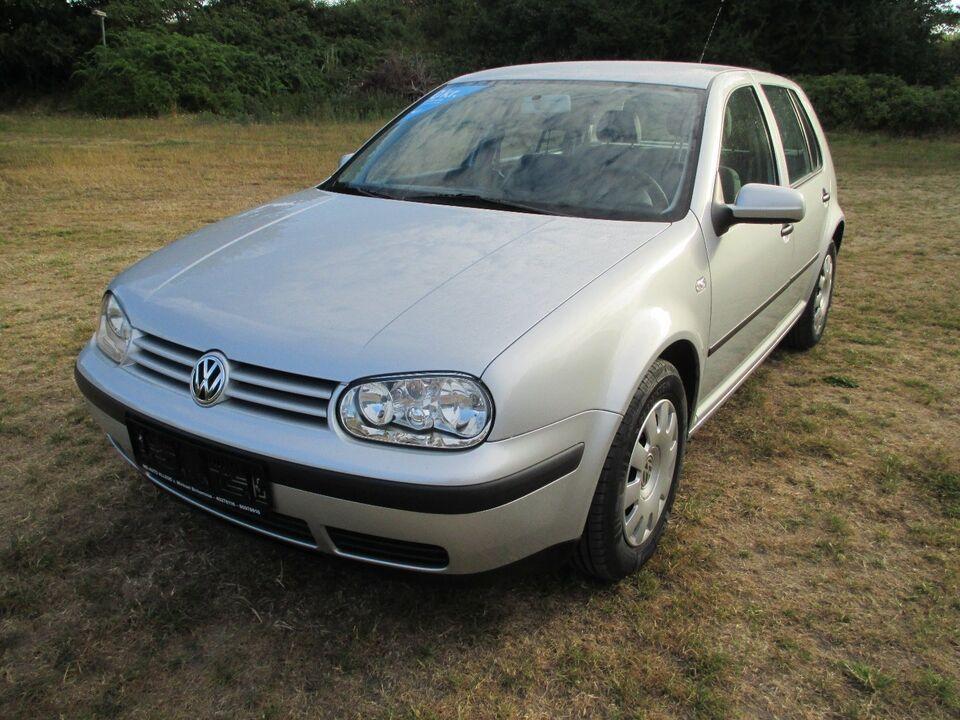 VW Golf IV 1,6 aut. Benzin aut. modelår 2000 km 86000