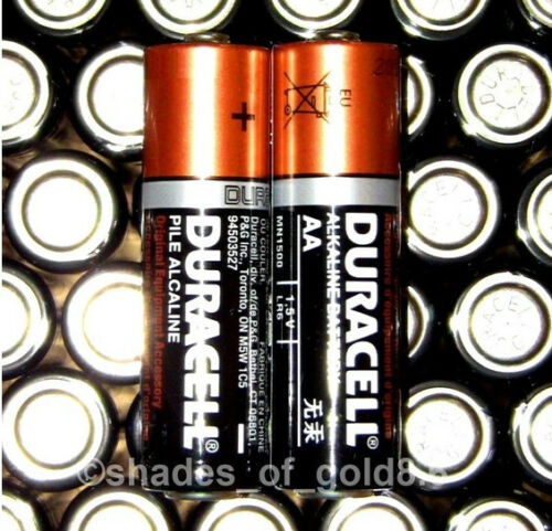 100 x AA Duracell CopperTop Alkaline Batteries with Duralock (MN1500, LR6)