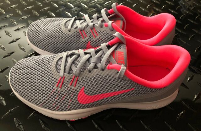 ff463b8e66a2 Nike ladies flex trainer 7 sneakers ladies nike workout shoes pink   grey  sz 6.5